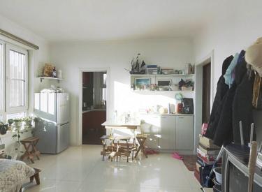 南北通透,双南卧室,西明厅采光充足,精装修