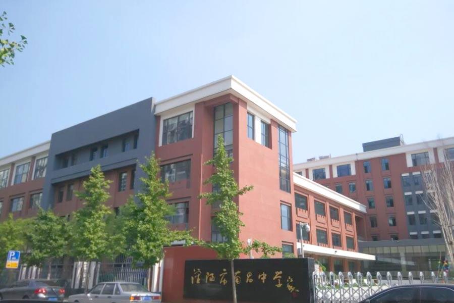 长白岛地区的新南昌中学位于长白西路格林生活坊二期西侧,占地面积40