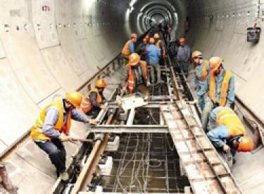 地铁9号线预计6月份开始铺轨