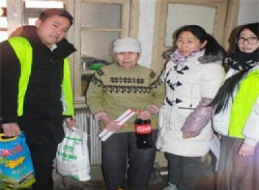 送爱回家,情暖万家 2月7日奥园国际社区公益行,传递正能量,情暖中国年!
