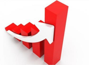 保利地产半年净利同比增近15%至65亿元