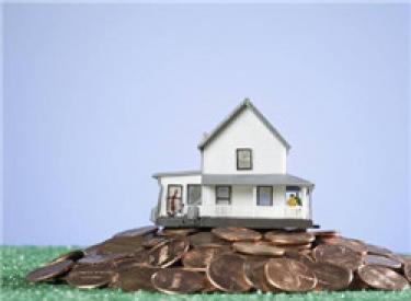 财政部:前三季度土地出让收入4.2万亿元,同比增长32%