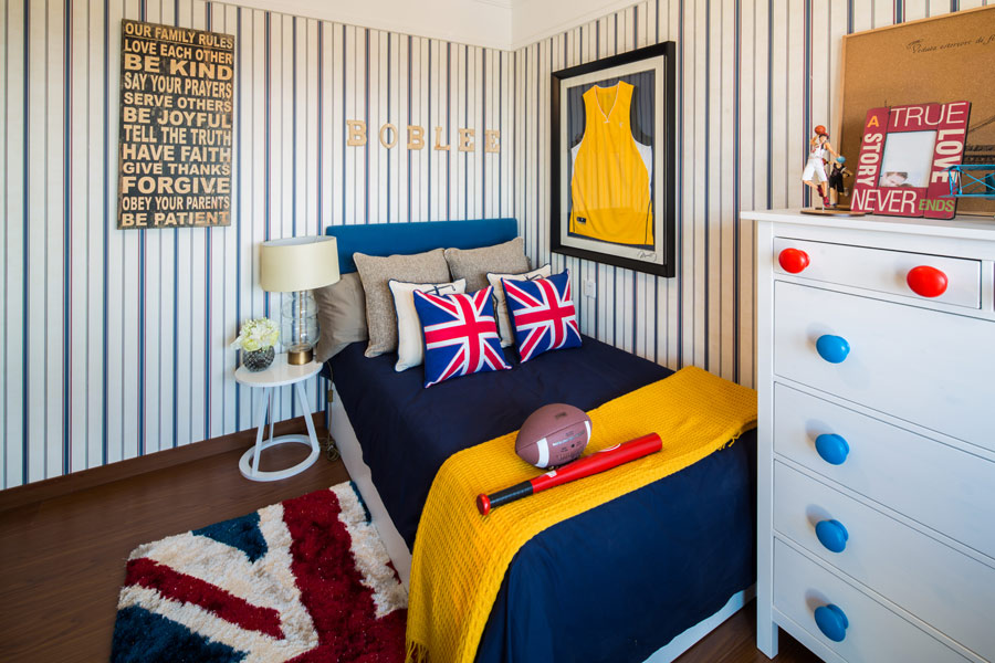 140平三室两厅两卫儿童房