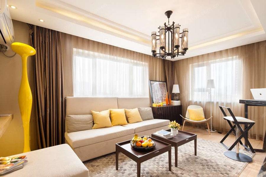 71平一室两厅一卫客厅