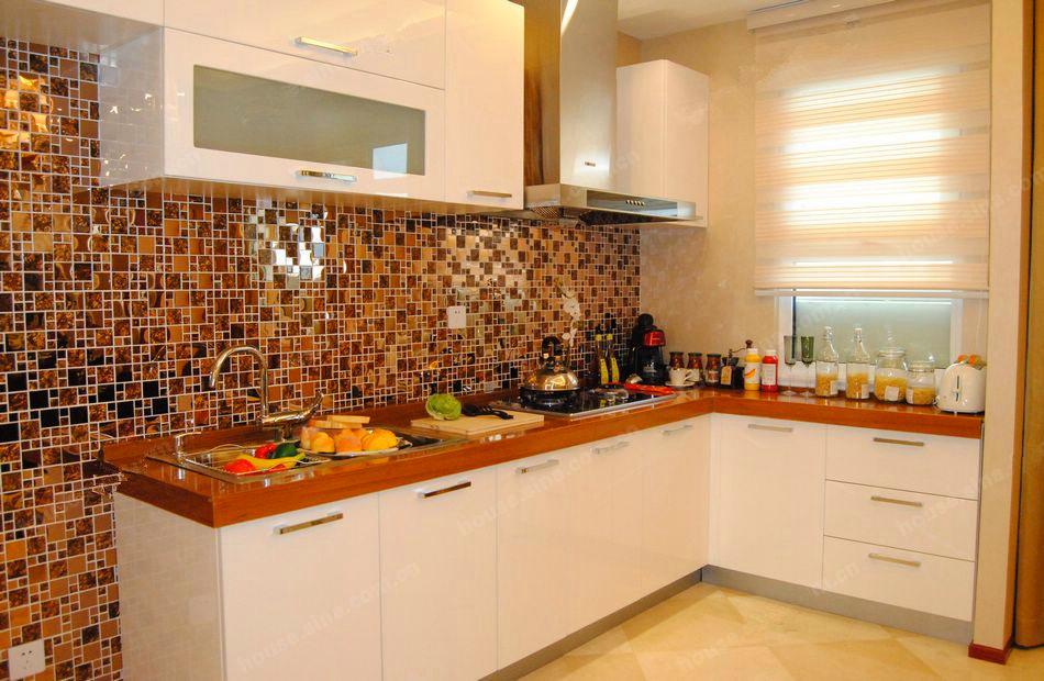 88平两室两厅一卫厨房