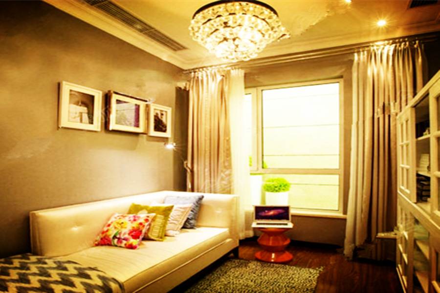 135平四室两厅两卫C户型书房