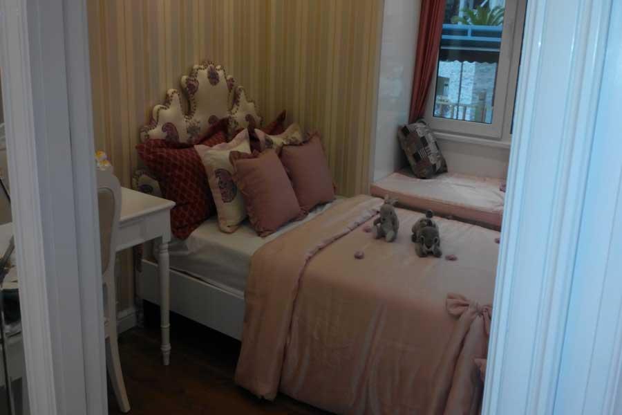 76平两室两厅一卫卧室