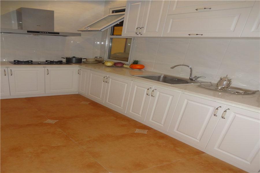 111平三室两厅两卫厨房