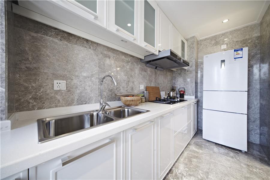 68平二室二厅一卫厨房