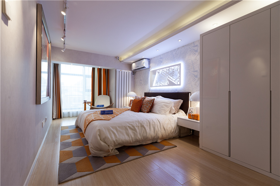 loft三室二厅二卫卧室