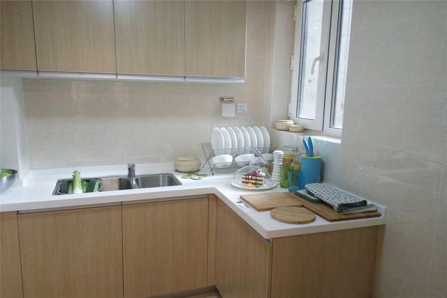 90平两室两厅一卫厨房