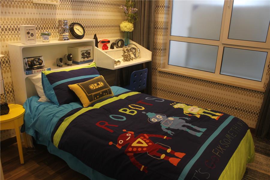 106平三室一厅一卫儿童房