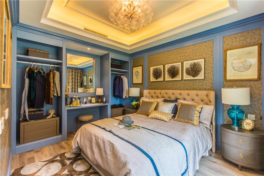 三叠院130平卧室