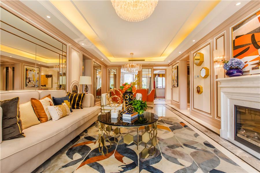 三叠院130平客厅