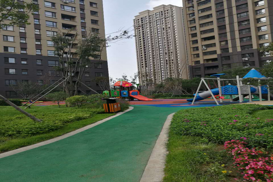 盾安新一尚品公共儿童游乐场