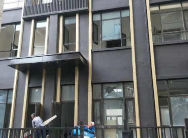 (出租) 沈河区青年大街地铁口附近临街商铺3层带南北小院