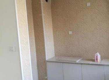 维士法兰香颂 2室交通便利 拎包入住 家具全新