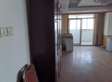 (出售)  龙汉大厦 250.41㎡ 商务公寓