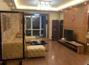 万科蓝山 3室2厅 豪华装修 高档物业 出行方便