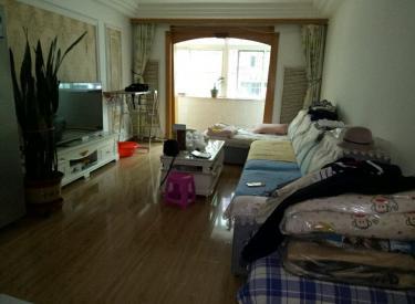 湖畔社区 2室 2厅 1卫 97.00㎡