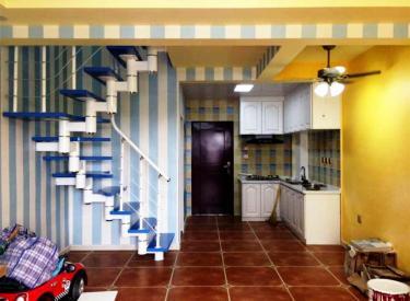 于洪新城2室1800元好房出租,居住舒适,干净整洁,随时入住