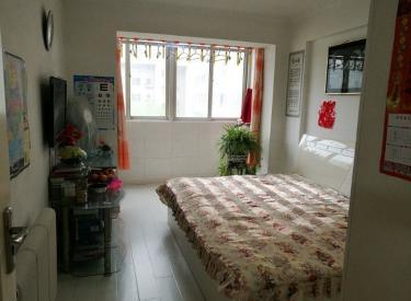 狮城花园,两室一厅,56平,三阳,5楼,精装,44万