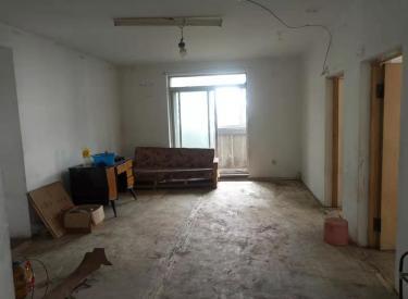 沈河南塔 天坛小区 5楼南北 110㎡ 三室一厅