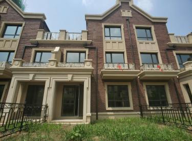 七中旁孔雀城现房,即买即住 5室2厅4卫150㎡