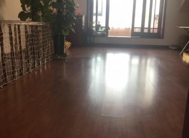 紫荆花东区四层别墅出售,一环内,带50平花园,带车库