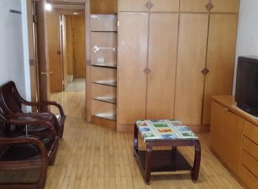 玫瑰小区 3室 2厅 2卫 168㎡