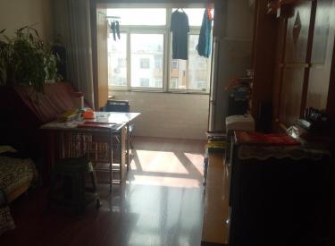辽河小区 3室 1厅 64㎡