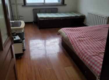 八家子东区  47平,一室一厅。出租800。