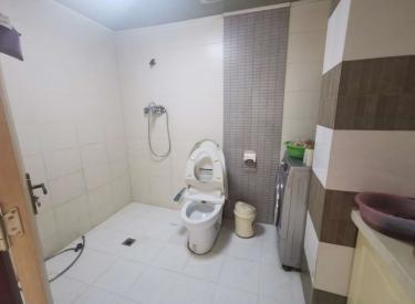 金苑华城 3室 精装好房 临 地铁 世界城 126中学