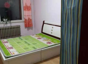 长江北街松山西路 七彩阳光 包采暖物业 家具家电齐全看房方便