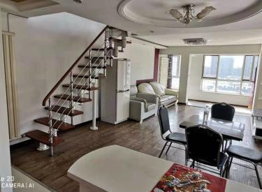 怒江北街 医学院地铁旁 银亿复式两室两厅两卫 使用面积超大