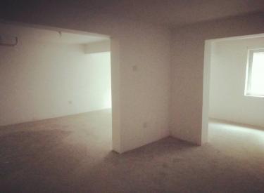 急售月星洋房 交通便利 浑南新市府 带地下室和下沉式庭院