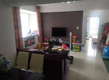 西堤国际 2室 1厅 1卫 90㎡