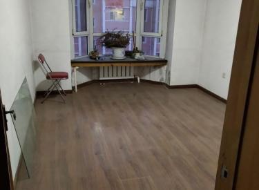 华新园 3室1厅1卫 103㎡