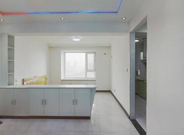一室南向小单间 满五年 近地铁 吾悦广场 精装修