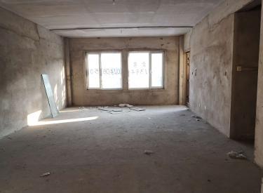 香堤墅 4室2厅2卫212㎡