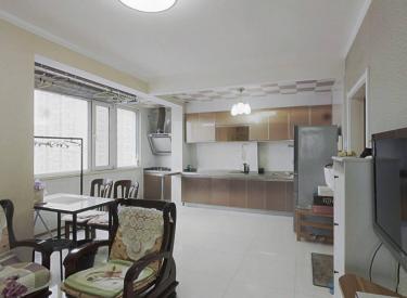 黄河北大街 三台子地铁口 国奥现代城 精装过五年 明厅一室