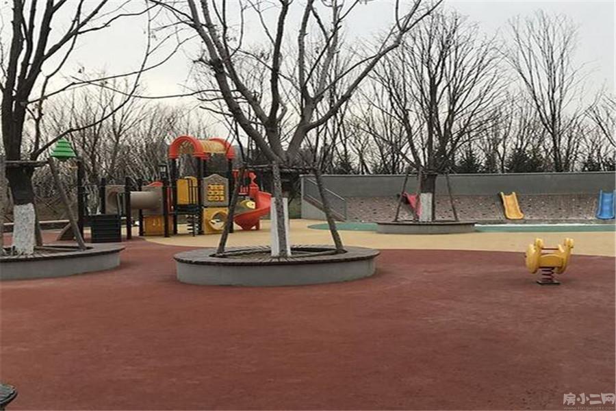 孔雀城园区图片