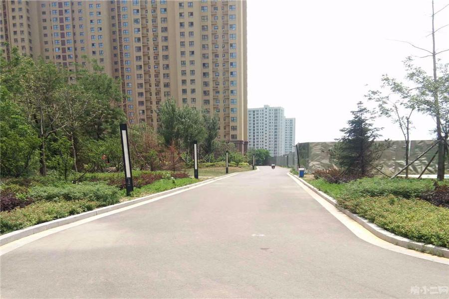 荣盛坤湖郦舍